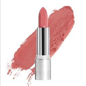Kylie lipstick in Puppy Love 💖💄